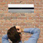 Aire acondicionado en la oficina: trucos para no tener frío
