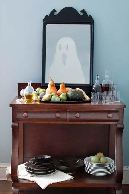 manualidad original para halloween: espejo con un fantasma