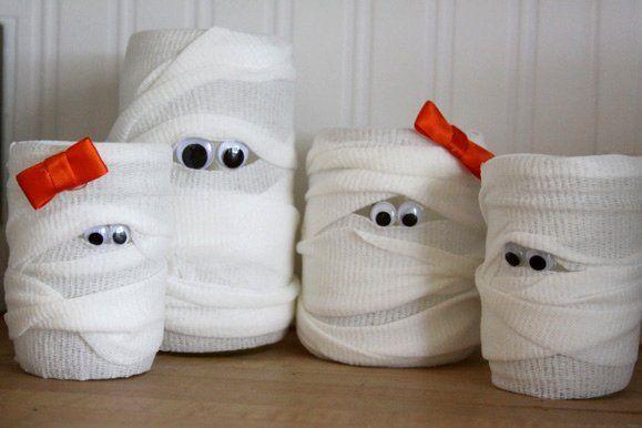 Decoración para Halloween casera: velas momia