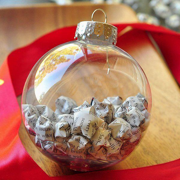 bolas de navidad transparentes con estrellas