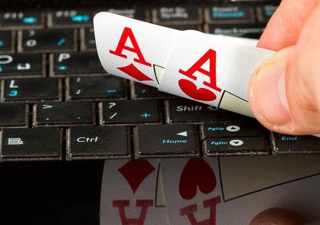 jugando online al poker