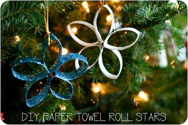 estrella de navidad fácil hecha con rulos de papel higiénico