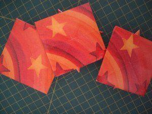 instrucción 12 para hacer una corona navideña de origami