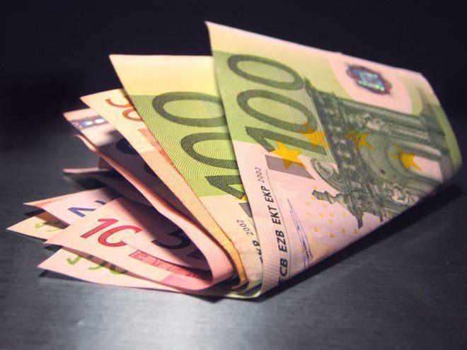 dinero para apostar en casino