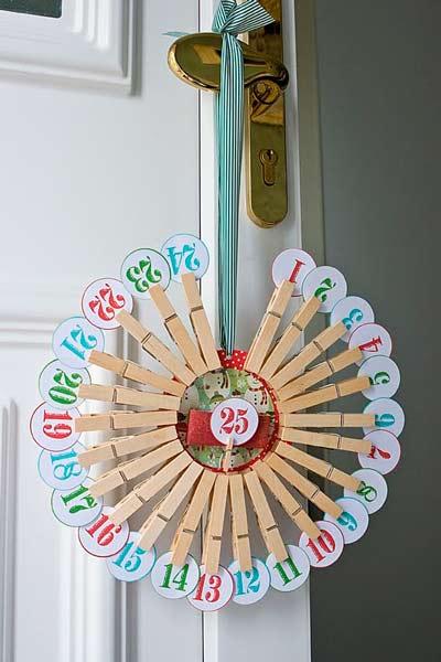 calendario de adviento hecho con pinzas