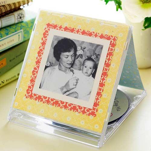 caja de cd reutilizado como marco de fotos