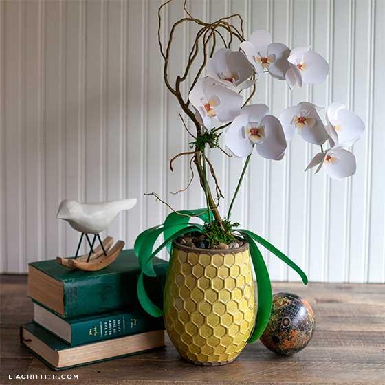 orquideas hechas de papel con instrucciones y tutorial