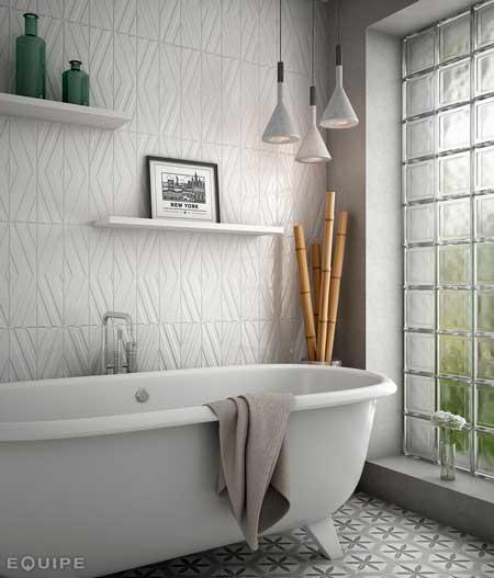cañas de bambú para decorar un baño de forma diferente