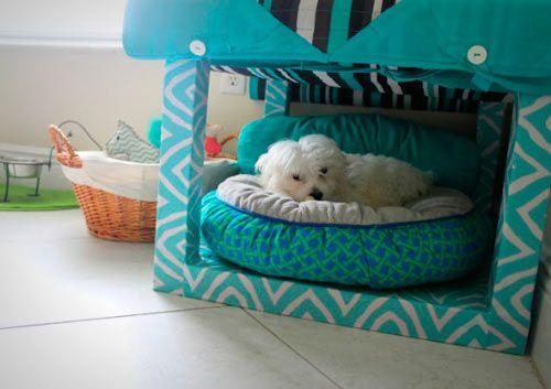 caseta para perro pequeño con una mesa lack de ikea