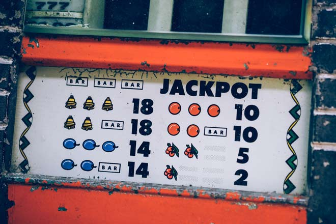 panel de jackpot de una tragamonedas antigua
