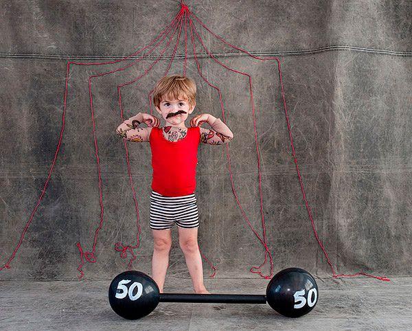 disfraz casero para niños de musculoso de circo