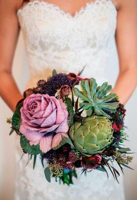 ramo para novia muy original y alternativo con hortalizas, verduras y otras plantas naturales
