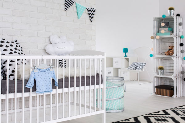 idea de decoración para habitación infantil con cajas de madera
