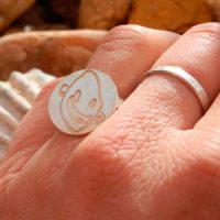 anillo-personalizado-grabado-dibujo-idea-regalo-navidad