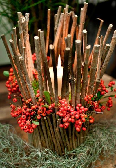 centro de navidad original con ramas y muérdago