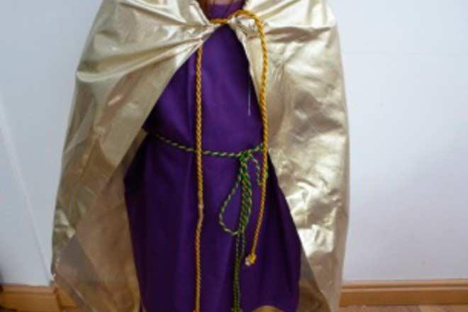 disfraz de rey mago diy fácil con telas.