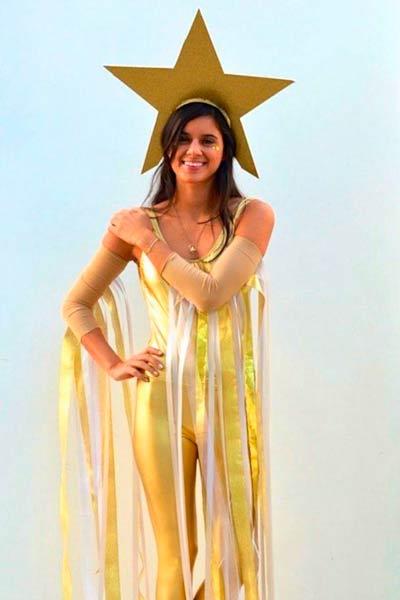 disfraz casero de estrella fugaz para mujer.