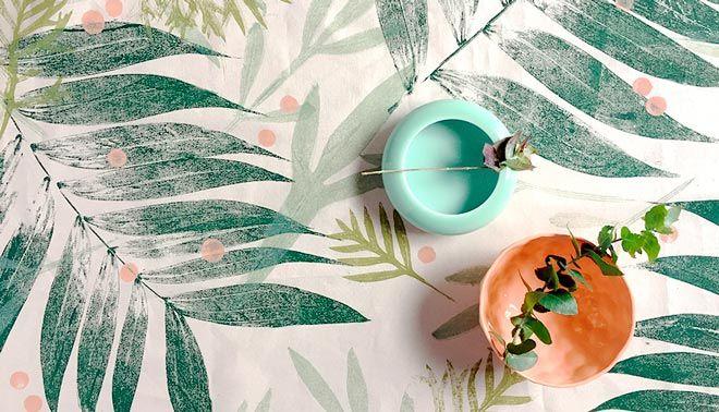 ejemplo de tendencia de decoracion con manualidades con estampacion de hojas