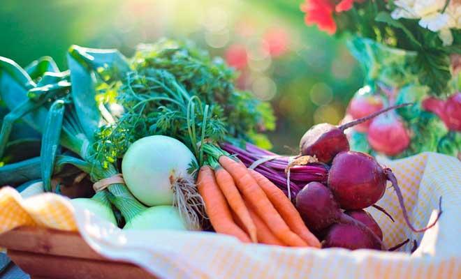 trucos para aprovechar la parte verde de las verduras y vegetales y hortalizas