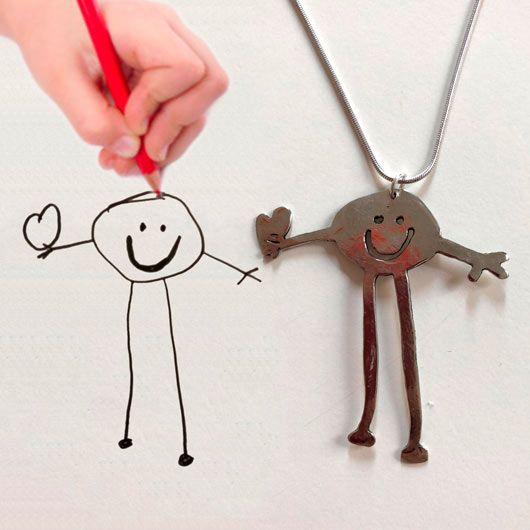 joya personalizada con un dibujo hecho por niños