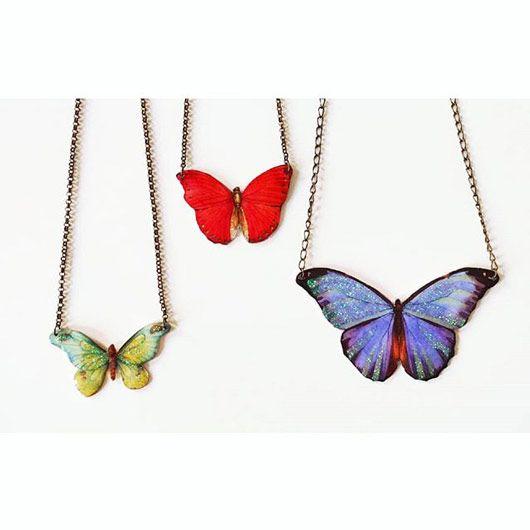 colgantes esmaltados de mariposas esmaltadas, de distintos tamaños