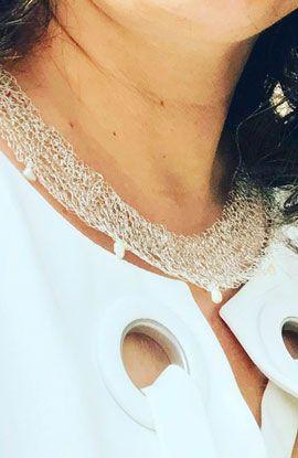 collar gargantilla de malla de plata y perlas hecho por pedido