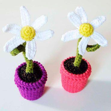 margarita flor de crochet con tiesto de ganchillo
