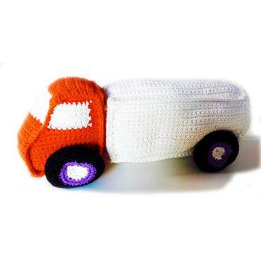 sonajero para bebé de ganchillo con forma de camión