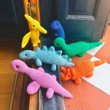 muñecos peluche dinosaurios de ganchillo (crochet)