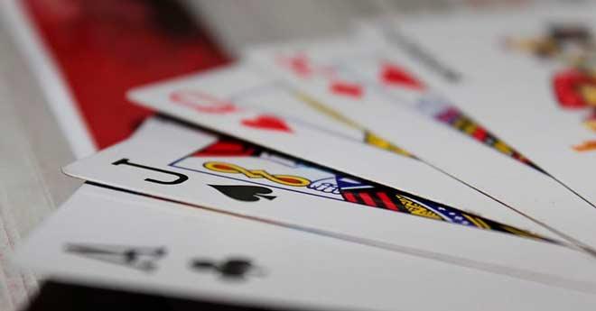 juegos de apuesta en vivo con cartas