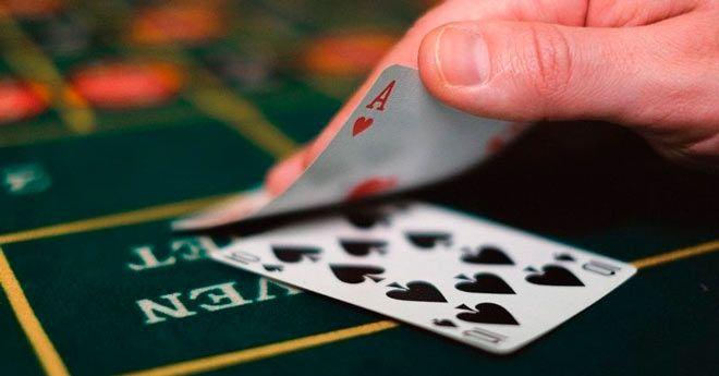 consejos y estrategias para detectar faroles en el poker
